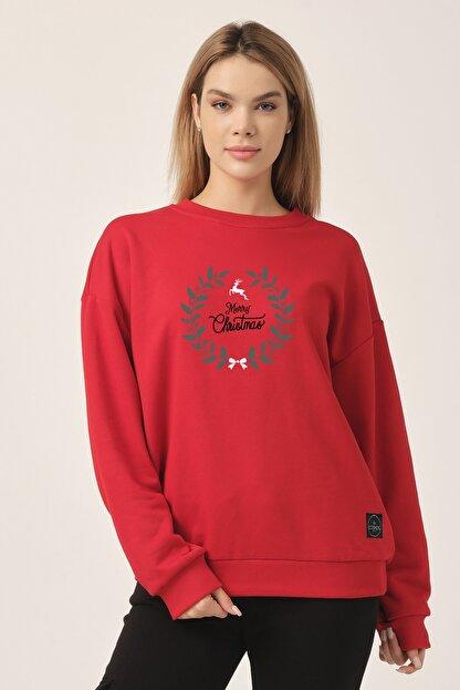 to COSMOS Oversize Sweatshirt Kırmızı Merry Christmas Geyik
