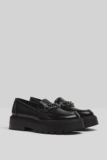 Bershka Kadın Siyah Zincirli Makosen Oxford Ayakkabı
