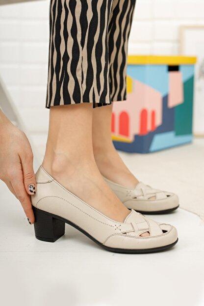 Diego Carlotti Hakiki Deri Bej Kadın Topuklu Günlük Klasik Ayakkabı