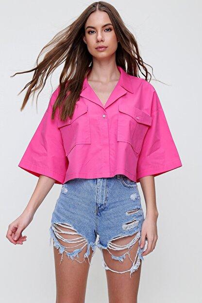 Trend Alaçatı Stili Kadın Fuşya Zarf Cepli Crop Poplin Gömlek ALC-X6045
