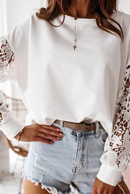 BLACK&GRACE Kadın Beyaz Dantel Detaylı 2 Iplik Manşetli Bluz