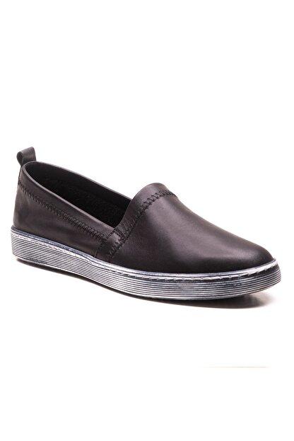 GRADA Siyah Sade Düz Hakiki Deri Kadın Ayakkabı