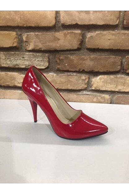 SERRACE Kadın Kırmızı Sivri Burun Sivri Topuk Stiletto Ayakkabı.