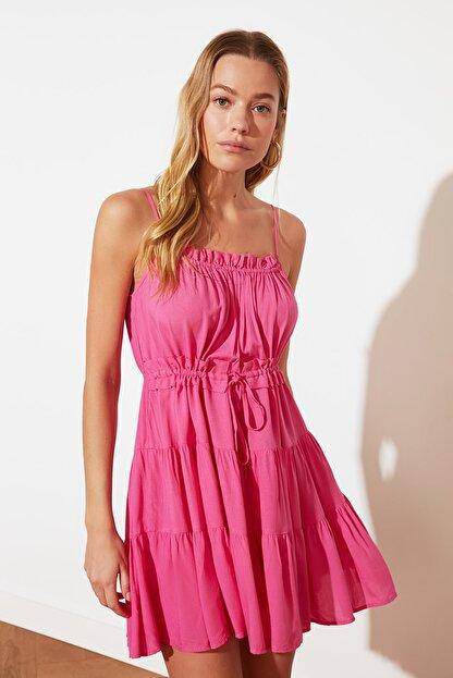 TRENDYOLMİLLA Fuşya Bağlama Detaylı Büzgülü Elbise TWOSS20EL2679