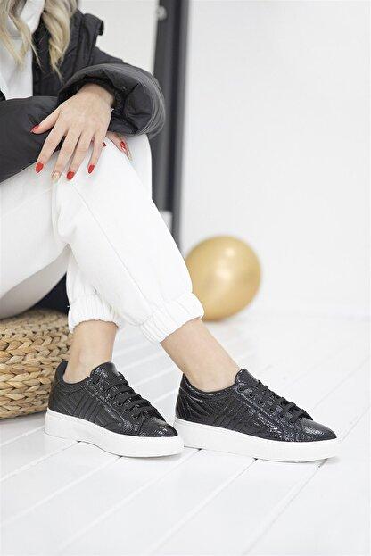 Straswans - Kadın  Siyah Rugan Spor Ayakkabı