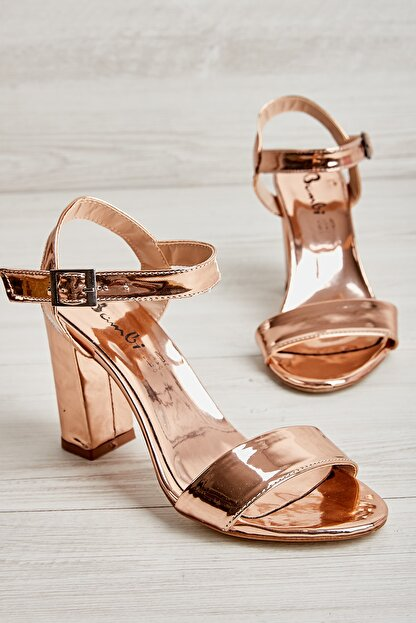 Bambi Rose Kadın Klasik Topuklu Ayakkabı K05503740039