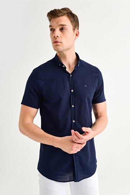 Avva Erkek Lacivert Düz Düğmeli Yaka Slim Fit Kısa Kol Vual Gömlek A01s2210