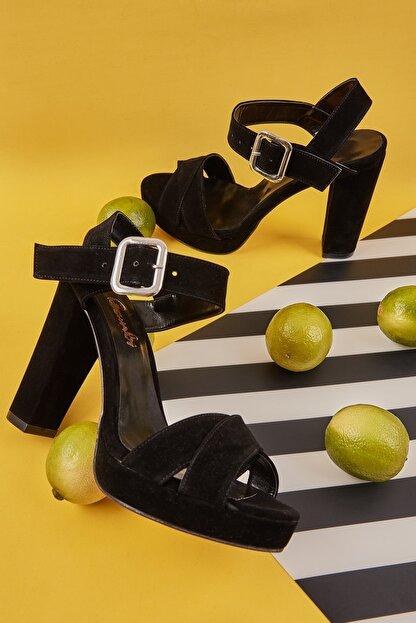 Bambi Siyah Siyah Süet Kadın Klasik Topuklu Ayakkabı L0501407365