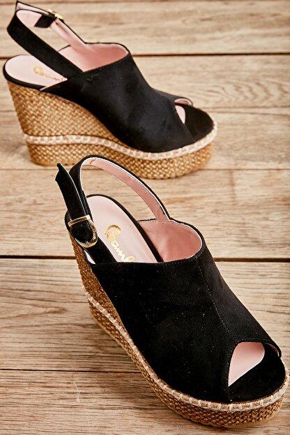 Bambi Siyah Süet Kadın Dolgu Topuklu Ayakkabı L0501803365