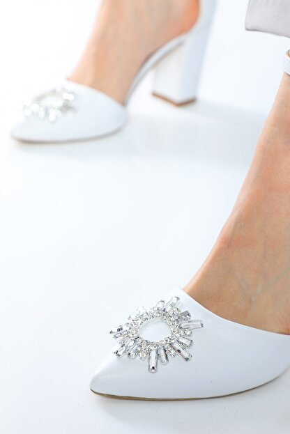 Nizar Deniz Maureen Beyaz Mat Sivri 8cm Kristal Taşlı Kalın Topuklu Kadın Gelin Ayakkabısı