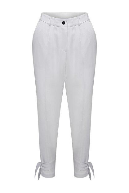 W Collection Paçası Bağlama Detaylı Pantolon