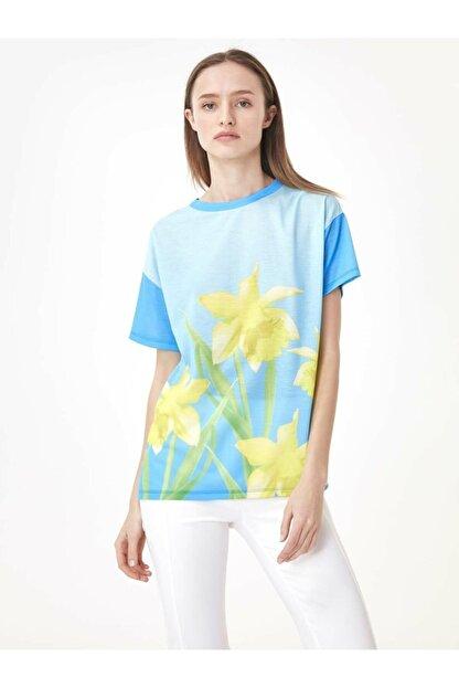 Twist Çiçek Baskı Tshirt