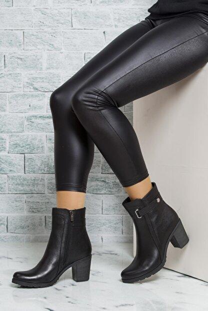 Deripabuc Hakiki Deri Siyah Kadın Topuklu Deri Bot Trc-3763