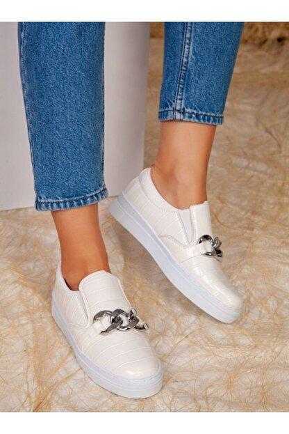 ayakkabıhavuzu Kadın Beyaz Kroko Desenli Zincir Detaylı Sneaker