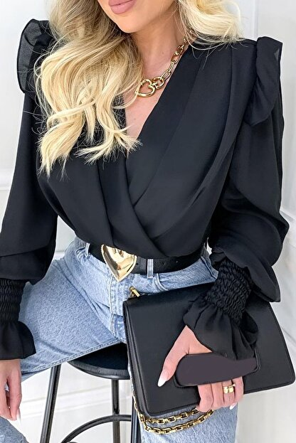 BLACK&GRACE Kadın Siyah Vatkalı Saten Krep Kolları Gipeli Gömlek