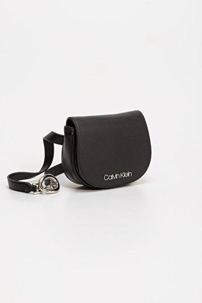 Calvin Klein Kadın Siyah Crossover Çanta