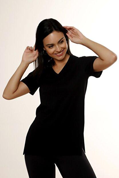 MARIQUITA Kadın Siyah Mari Yırtmaçlı T-shirt