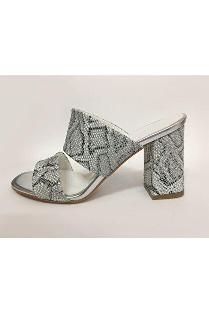 Beyaz Adım Ayakkabı Kadın Gümüş Topuklu Terlik