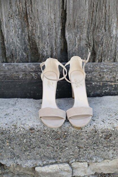 BUTİK 37.5 Kadın Bej Süet Tek Bant Topuklu Ayakkabı