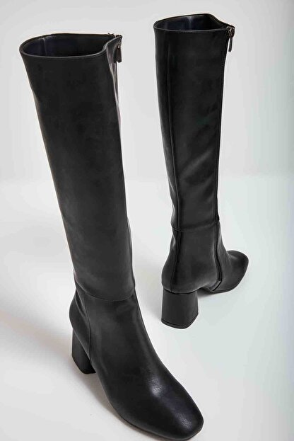 Bambi Siyah Kadın Çizme M0842081509