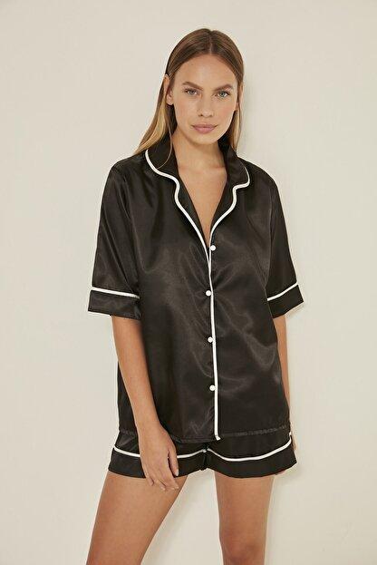 C&City Kadın Siyah Saten Kısa Kol Şortlu Pijama Takım  040