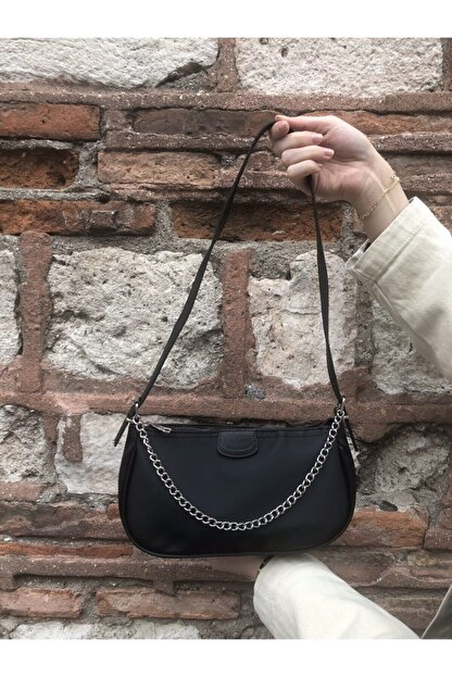 SWAN BOUTIQUE Kadın Siyah Ince Zincirli Baget Çanta