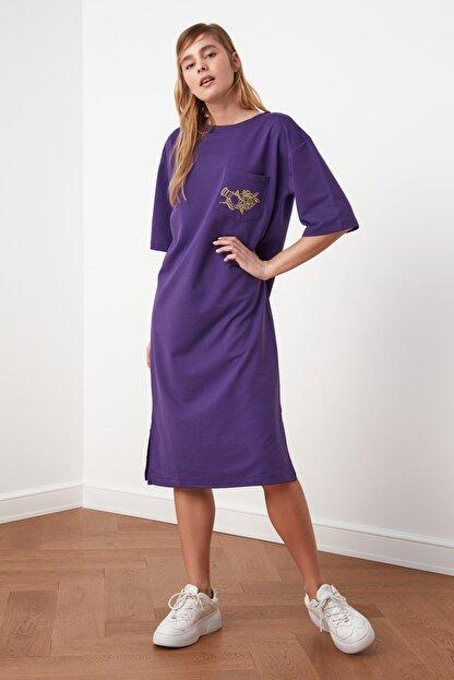 TRENDYOLMİLLA Mor Nakışlı Örme Elbise TWOSS21EL0175