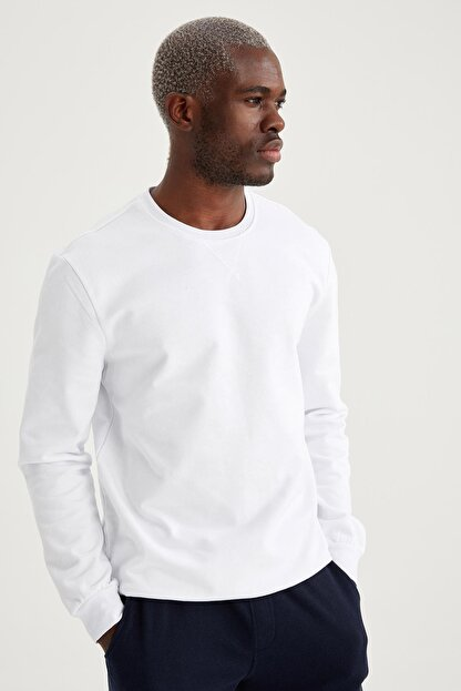 Defacto Erkek Beyaz Regular Fit Bisiklet Yaka Basic Sweatshirt