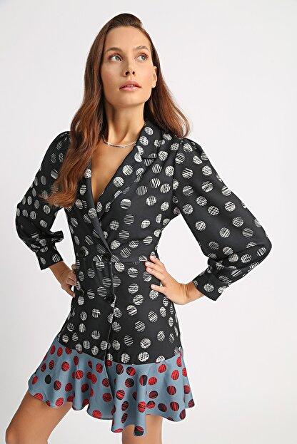 Esra İnceefe Kadın Siyah Uzun Kollu Etek Ucu Valonlu Mini Ceket Elbise
