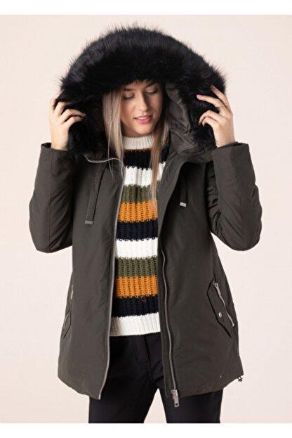 Vero Moda Kadın Haki Kapüşonlu Mont 10217159