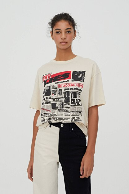 Pull & Bear Kadın Bej Guns N' Roses Gazete Görselli T-shirt