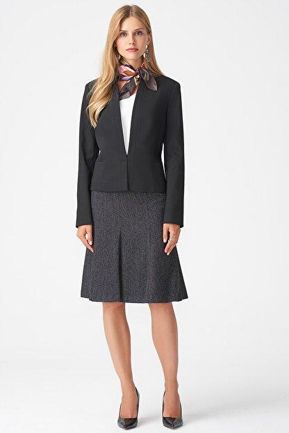 Naramaxx Kadın Siyah Yakasız Klasik Siyah Ceket 18K11111Y238001-Sıyah