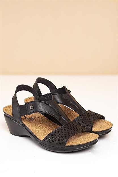 Pierre Cardin PC-1392 Siyah Kadın Sandalet