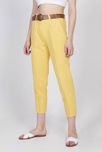 Addax Kadın Sarı Kemerli Pantolon PN4204 - T3 ADX-0000020952