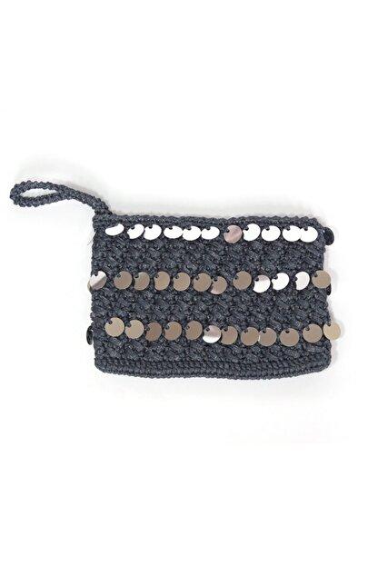 BaDe Tasarım Kadın Lacivert 3 Sıra Pullu El Örgüsü Clutch Çanta