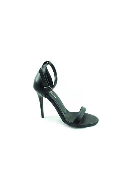 sweet girl Kadın Siyah Tek Bantlı Topuklu Ayakkabı 19 1126