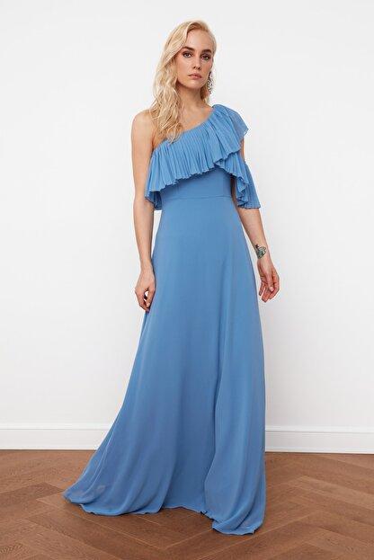 TRENDYOLMİLLA Mavi Kol Detaylı  Şifon Abiye & Mezuniyet Elbisesi TPRSS21AE0002
