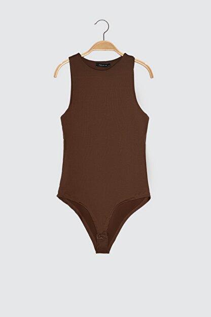 TRENDYOLMİLLA Koyu Kahverengi Çıtçıtlı Kahverengi Örme Body TWOSS20BD0044