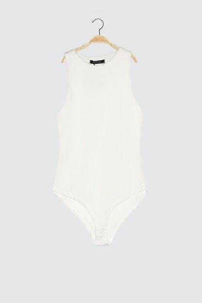 TRENDYOLMİLLA Beyaz Çıtçıtlı Örme Body TWOSS20BD0044