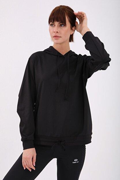 Tommy Life Kadın Siyah Varak Kanguru Cep Büzgü Detaylı Kapüşonlu Sweatshirt