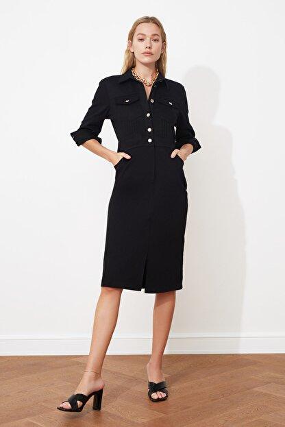 TRENDYOLMİLLA Siyah Düğmeli Elbise TWOSS21EL0748