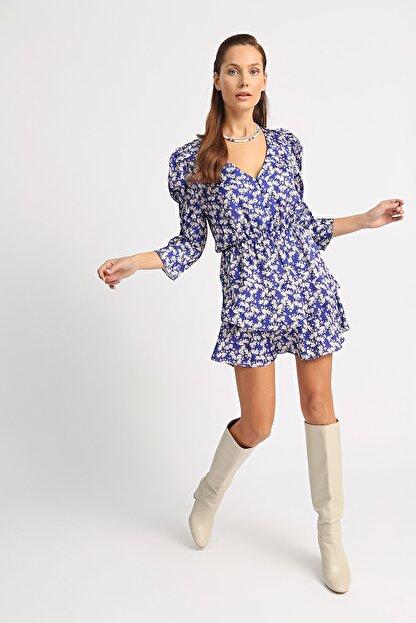 Esra İnceefe Kadın Lacivert V Yakalı Düğmeli Pileli Kol Belden Lastikli Valonlu Çiçekli Mini Elbise