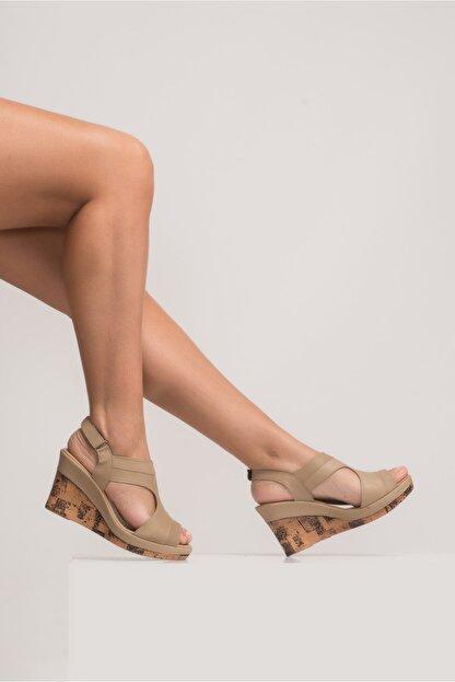 Zeynep Sıradağlı Aditya Kadın Dolgu Topuk Sandalet Kum
