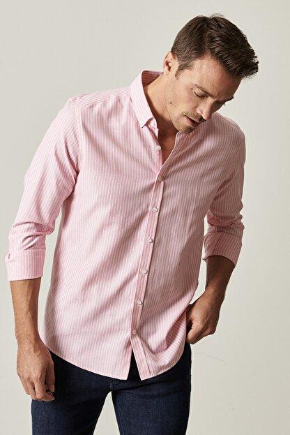 Altınyıldız Classics Erkek Pembe-Beyaz Tailored Slim Fit Dar Kesim Düğmeli Yaka Çizgili Gömlek