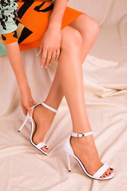 Soho Exclusive Beyaz Kadın Klasik Topuklu Ayakkabı 14399