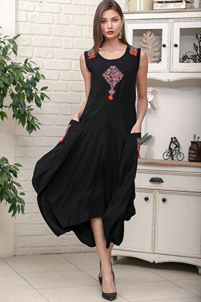 Chiccy Kadın Siyah Omuz Ve Ön Bedeni Tribal Nakışlı Cepli Asimetrik Salaş Dokuma Elbise M10160000EL95878