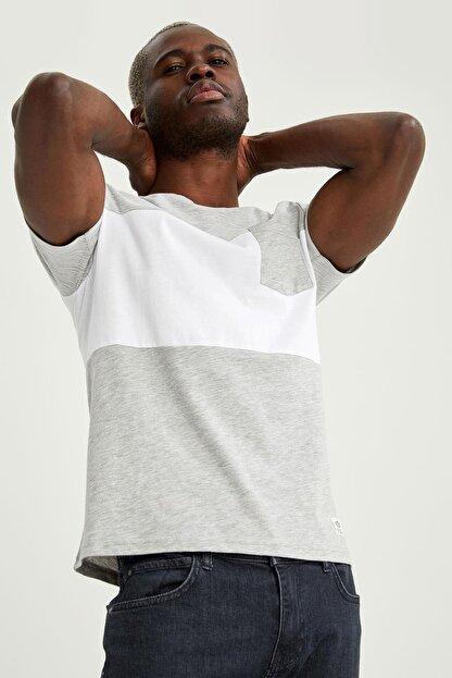 Defacto Erkek Gri Baskılı Slim Fit Tişört