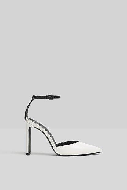 Bershka Kadın Beyaz Bilek Bantlı Topuklu Ayakkabı 11302760