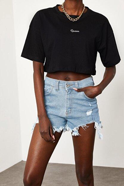 Xena Kadın Siyah Queen Baskılı Crop T-Shirt 1KZK1-11510-02