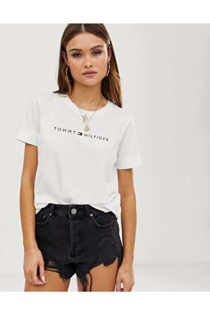 Tommy Hilfiger Ess-chest Print Logo Kadın Tshirt